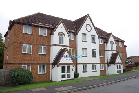 2 bedroom ground floor flat to rent - Littlebrook avenue, Burnham