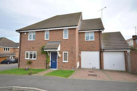 5 bedroom detached house for sale - Luton, LU3