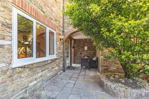 2 bedroom detached house for sale - Old Bakery Court, High Street, Iver, Buckinghamshire