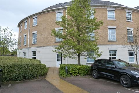 2 bedroom ground floor flat for sale - Kendall Road, Waltham Abbey