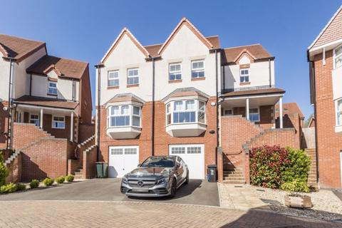 4 bedroom detached house for sale - Hazel Tree Grove, Newport - REF# 00014123