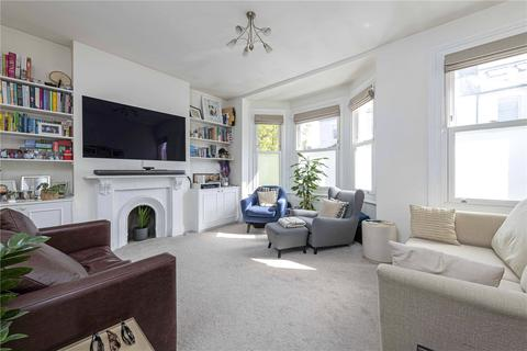 3 bedroom apartment for sale - Hafer Road, SW11