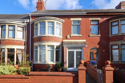 3 bedroom block of apartments for sale - Leeds Road, Blackpool