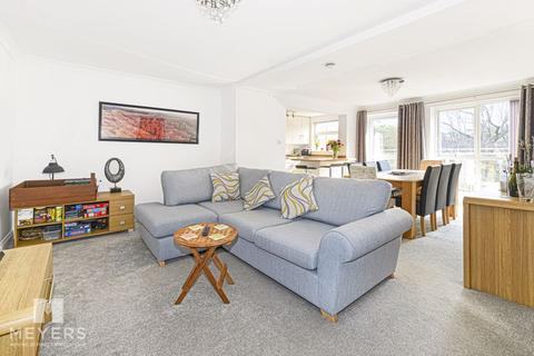 2 bedroom apartment for sale - Knyveton Road, Bournemouth, BH1