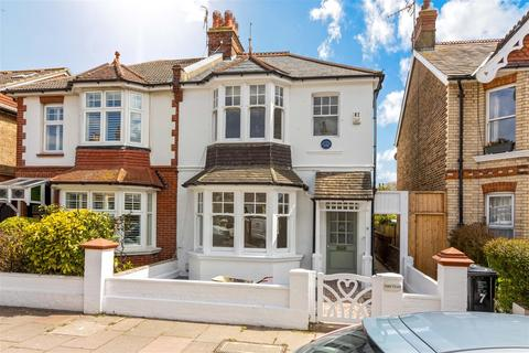 3 bedroom house to rent - Worcester Villas, Hove