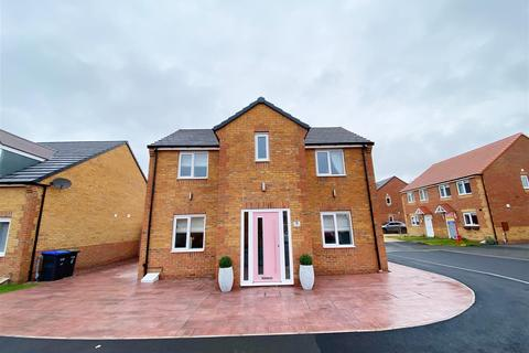 3 bedroom detached house for sale - Henson Close, Chilton, Ferryhill