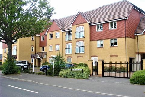 2 bedroom flat to rent - Charlcot Mews, Bower Way, Cippenham