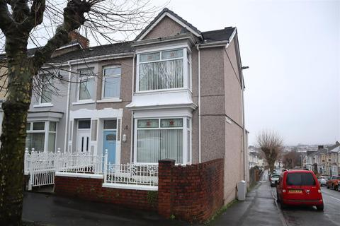 3 bedroom end of terrace house for sale - Alban Road, Llanelli