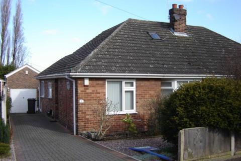 3 bedroom semi-detached bungalow to rent - Lymmington Avenue, Lymm