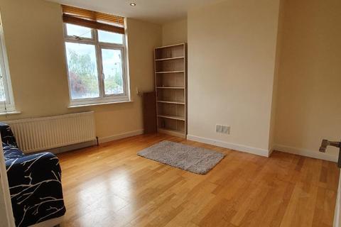 1 bedroom flat to rent - Victoria Road, Ruislip, London HA4