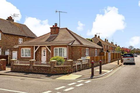 3 bedroom detached bungalow for sale - Gravits Lane, Bognor Regis, PO21