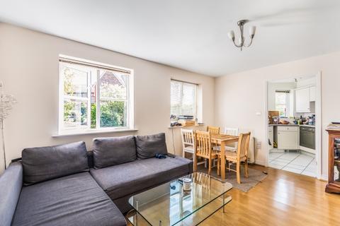 2 bedroom flat to rent - Thyme Close Blackheath SE3