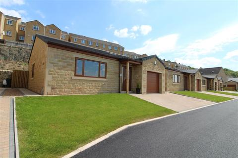 2 bedroom detached bungalow for sale - Old Willow Close, Halifax