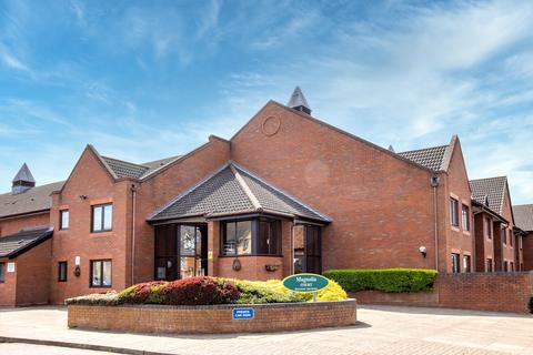 1 bedroom retirement property for sale - Magnolia Court, Headley Road East , Woodley, Reading, RG5 4SD