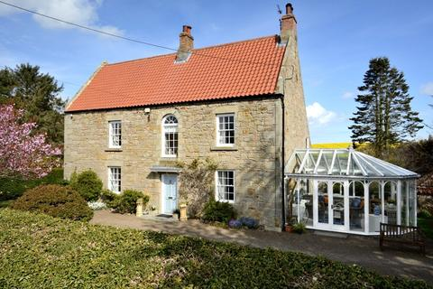 3 bedroom detached house for sale - Kyloe Lodge, Fenwick, Berwick-Upon-Tweed, TD15