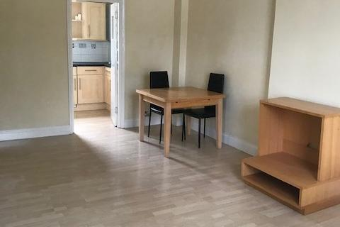 Studio to rent - Bassett Road, Ladbroke Grove, London, W10