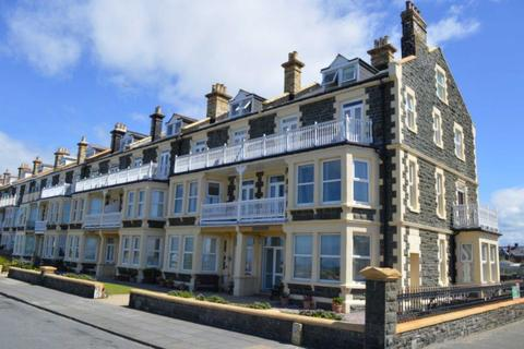 2 bedroom flat for sale - Marine Parade, Tywyn, Gwynedd, LL36