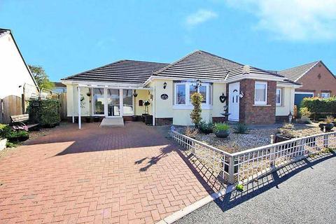 2 bedroom detached bungalow for sale - Cooks Close, PEMBROKE