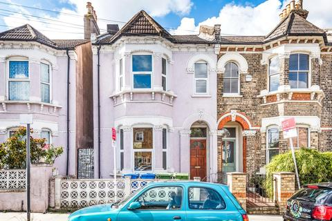 4 bedroom end of terrace house for sale - Goodrich Road, East Dulwich