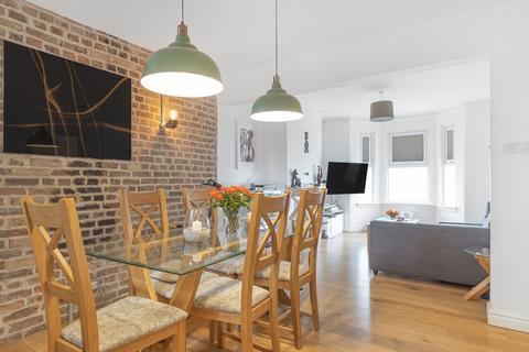 3 bedroom terraced house for sale - Luna Road Thornton Heath CR7