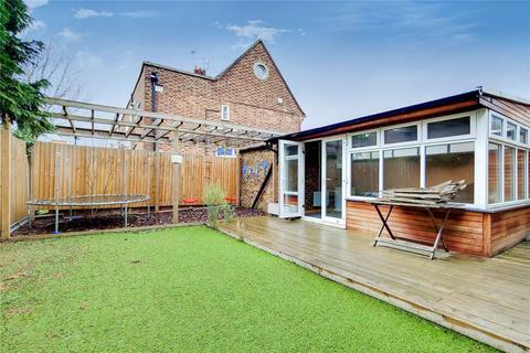 2 bedroom maisonette to rent - Beechwood Gardens, Slough, Berkshire, SL1