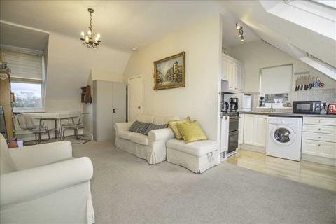 2 bedroom maisonette for sale - Bute Road