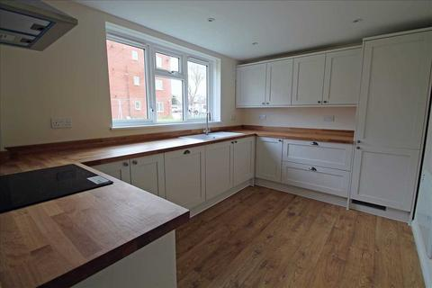 3 bedroom apartment for sale - Goodenough Way