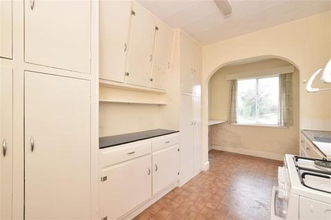 3 bedroom semi-detached house for sale - Parklands Road, Chichester, West Sussex