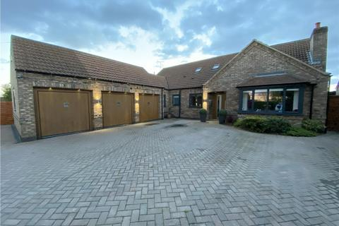 4 bedroom detached house for sale - Brook Villa, Oster Fen Lane, Claypole, Newark