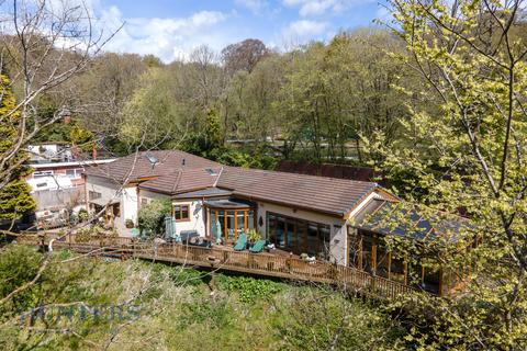 4 bedroom detached bungalow for sale - Healey Dell, Rochdale, OL12 6BG