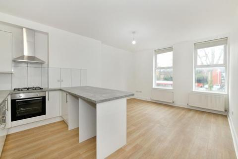 3 bedroom apartment to rent - High STreet, N8 7QB