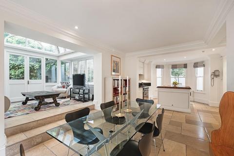 4 bedroom detached house to rent - Gilston Road, Chelsea, SW10