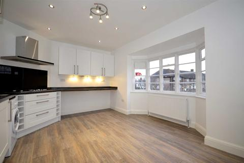 3 bedroom apartment to rent - Ossulton Way, London, Middlesex, N2