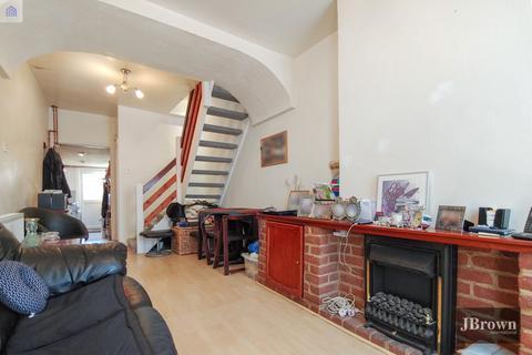 2 bedroom terraced house for sale - Cobden Road, London, SE25