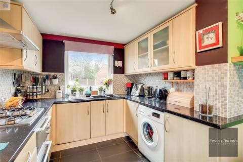 3 bedroom detached house for sale - Porter Road, Beckton, E6
