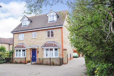 5 bedroom detached house for sale - Berwick Avenue, Broomfield, Chelmsford, Essex