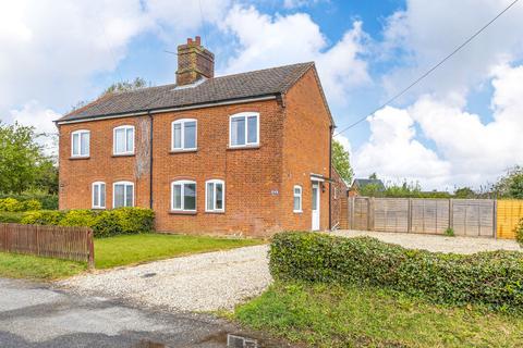 3 bedroom semi-detached house to rent - Great Melton Road, Little Melton