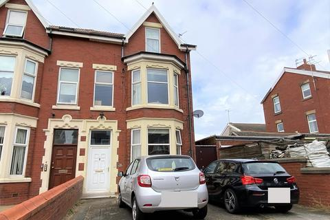 1 bedroom flat to rent - 28 Derbe Road, Lytham St. Annes, Lancashire, FY8