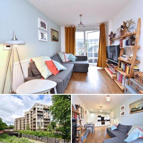 2 bedroom apartment for sale - Ferdinand Court, Adenmore Road