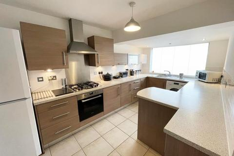 3 bedroom maisonette to rent - Trinidad Street, London, E14