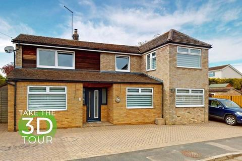 4 bedroom detached house to rent - Grenehams Close, ketton