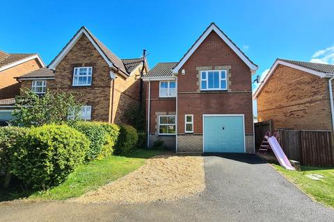 3 bedroom detached house to rent - Nuffield Close, Brackley