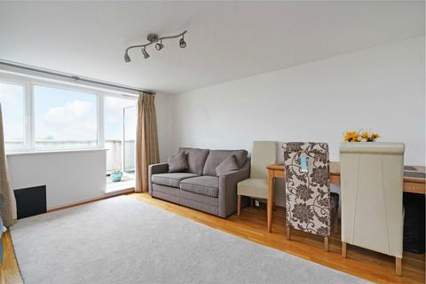 2 bedroom flat to rent - Singapore Road, Ealing, LONDON, W13
