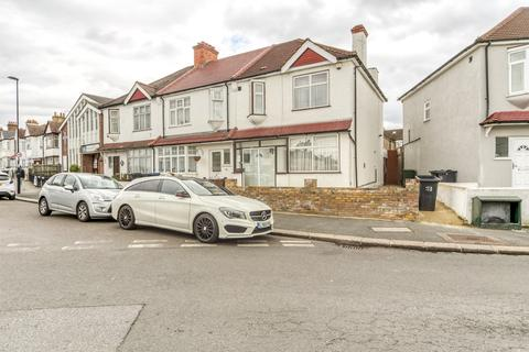 3 bedroom end of terrace house for sale - Norbury Road, Thornton Heath, CR7