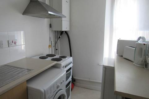 1 bedroom in a house share to rent - Summer Hill Road, St George, Bristol