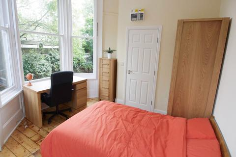 1 bedroom in a house share to rent - Victoria Square, Jesmond, Newcastle Upon Tyne