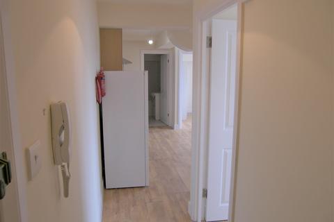 2 bedroom property to rent - Southgate Road, Potters Bar, EN6