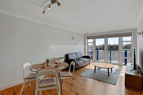 1 bedroom apartment to rent - Mauretania Building, Jardine Road, E1W