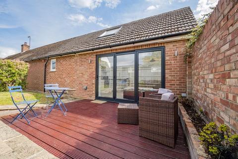 1 bedroom semi-detached bungalow for sale - Fernhill Road, Kidlington