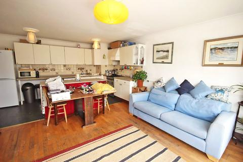 2 bedroom apartment for sale - Upper Green West, Mitcham, CR4